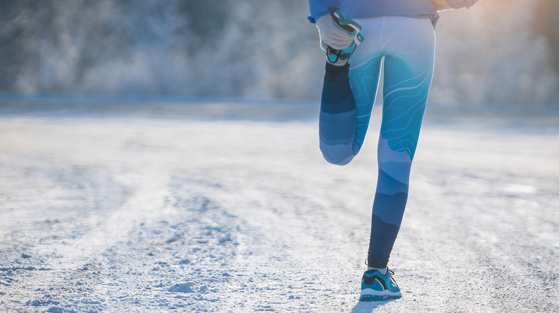 Joggen im Winter ist gesund. Ordentliches Aufwärmen ist jedoch Pflicht.